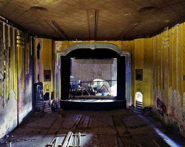 3-gem-theater-cairo-il-2011.jpg