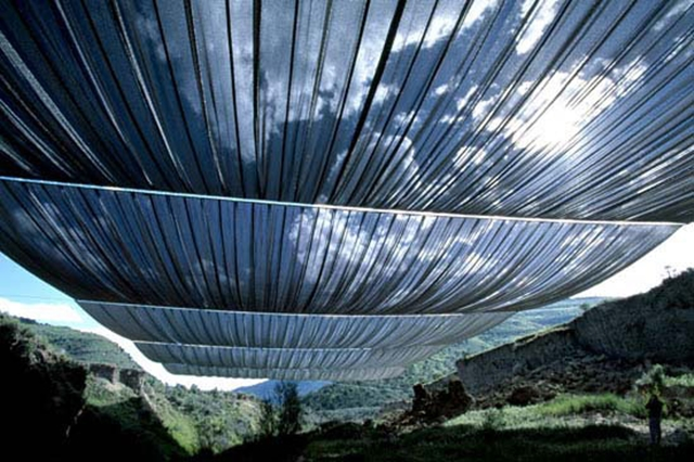 over-the-river-christo.jpg