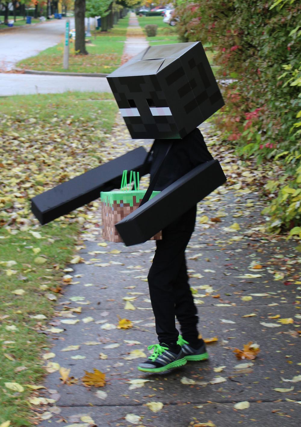 Enderman and his Grass Block Trick or Treat Bag.  Enderpearl inside.
