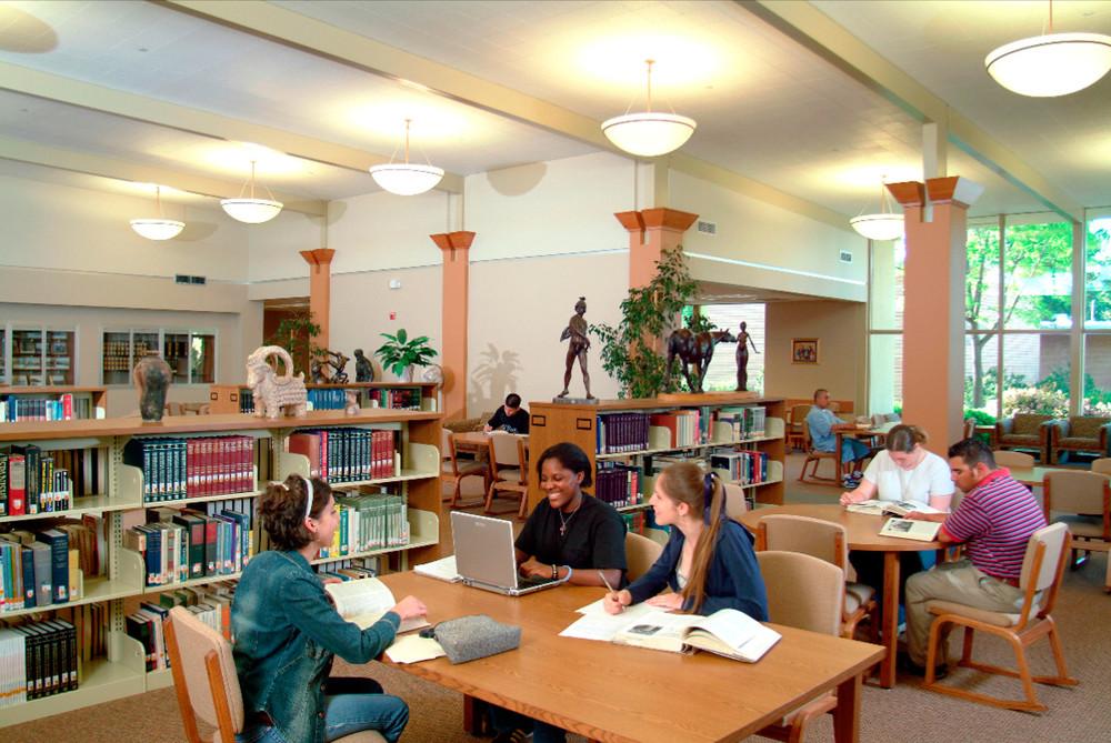 West Hills Community College -Conheça as Community Colleges que o ICCE representa nos EUA!