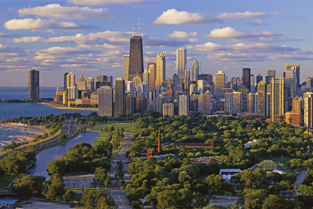 Chicago: Certificados Profissionais em Gestão de Negócios, Propaganda e Marketing, e Gestão de Projetos!