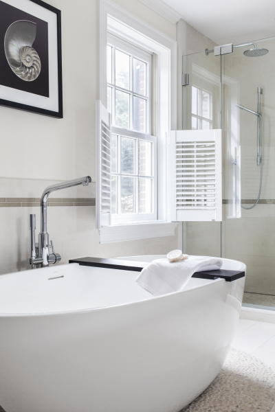 Bath with Nautilus.jpg
