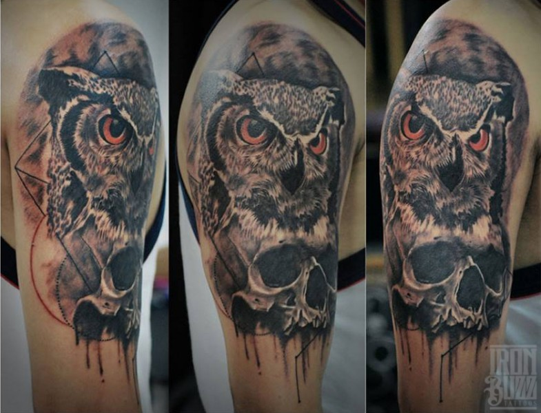 kachrart+style+owl+portrait+with+skull+neo+on+arm+tattoo+design+by+best+tattoo+artist+in+mumbai+subhojit+chakroborty+eric+jason+dsouza+from+best+tattoo+parlour+studio+in+india+iron+buzz+tattoos+mumbai.jpg