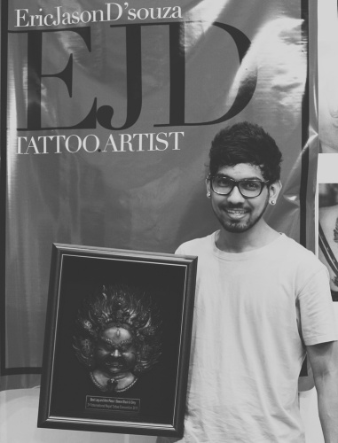 best-tattoo-artist-in-mumbai-india-eric-jason-dsouza-winning-best-black-and-grey-tattoo-award-at-international-nepal-tattoo-convention-one.jpg