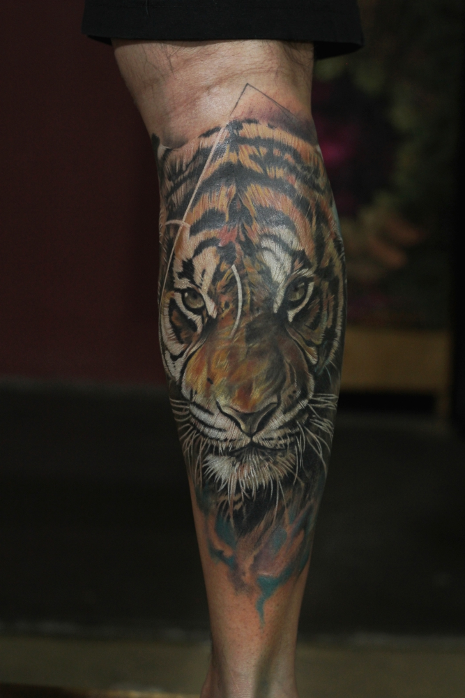 bollywood-actor-kunal-khemu-gets-lord-shiva-tattoo-covered-with-tiger-tattoo-from-best-tattoo-artist-eric-jason-dsouza-from-best-tattoo-studio-iron-buzz-tattoos-in-mumbai-1