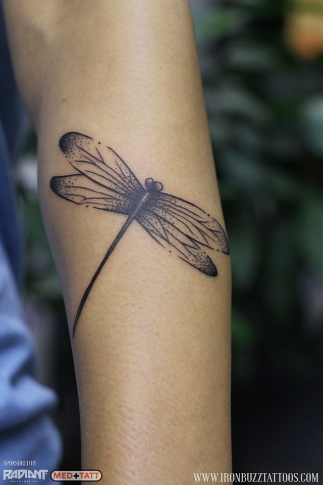 dragonfly-insect-tattoo-by-best-tattoo-artist-jayesh-eric-jason-dsouza-iron-buzz-tattoos-in-mumbai.jpg