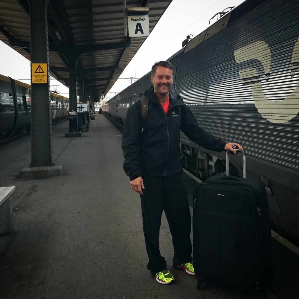 Avresa från GBG-Sthlm därefter natt-tåg till Abisko. Ca 25 timmar väntar.