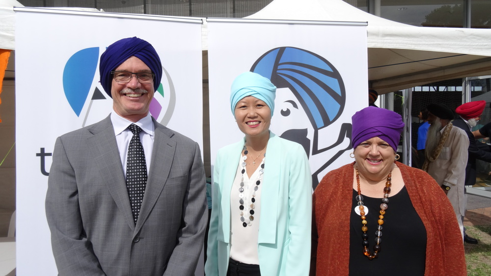 Hon. Dr Mike Nahan MLA, Natasha Cheung and Margaret Quirk MLA (from left to right)