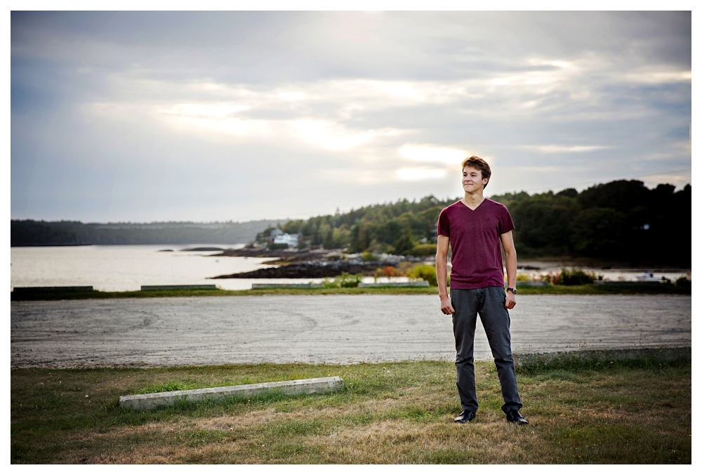 maine senior photographer fall boy class of 2016 pemaquid restoration Fort William Henry