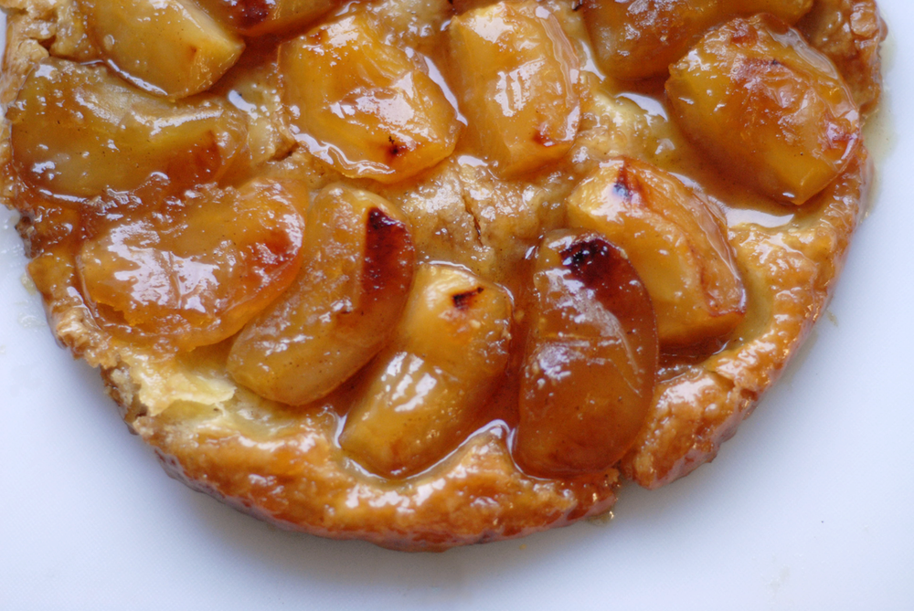 tarte-tatin-shot-from-directly-above.png