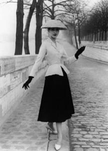 new-look-1947-dress-216x300.jpg