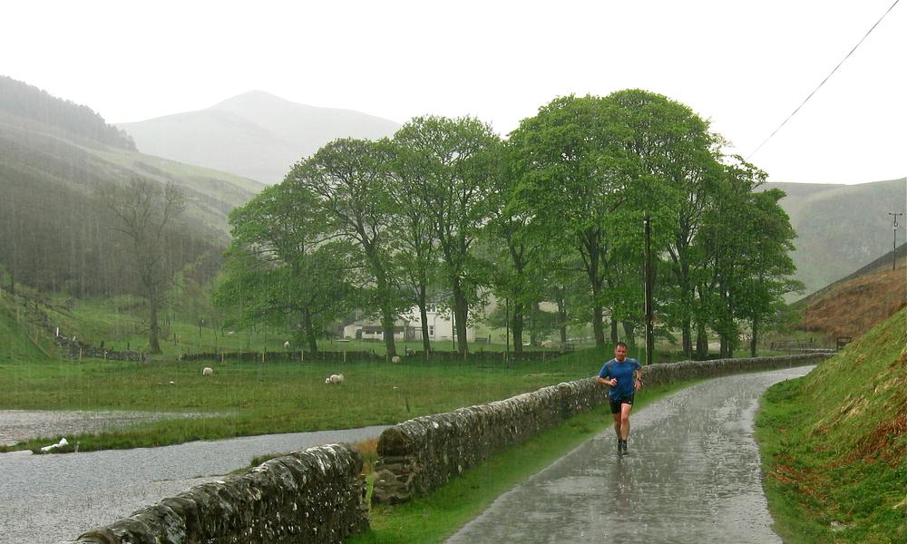 pentlands running rain.jpg