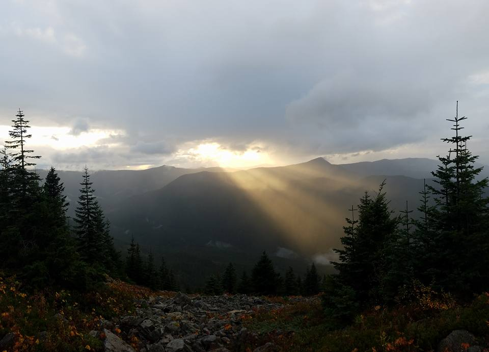 sunset over the mountains on oregon side of columbia gorge