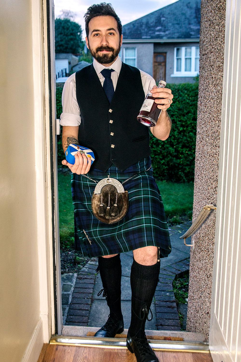 New-Years-Eve-Traditions-First-Footing-Scotland.jpg