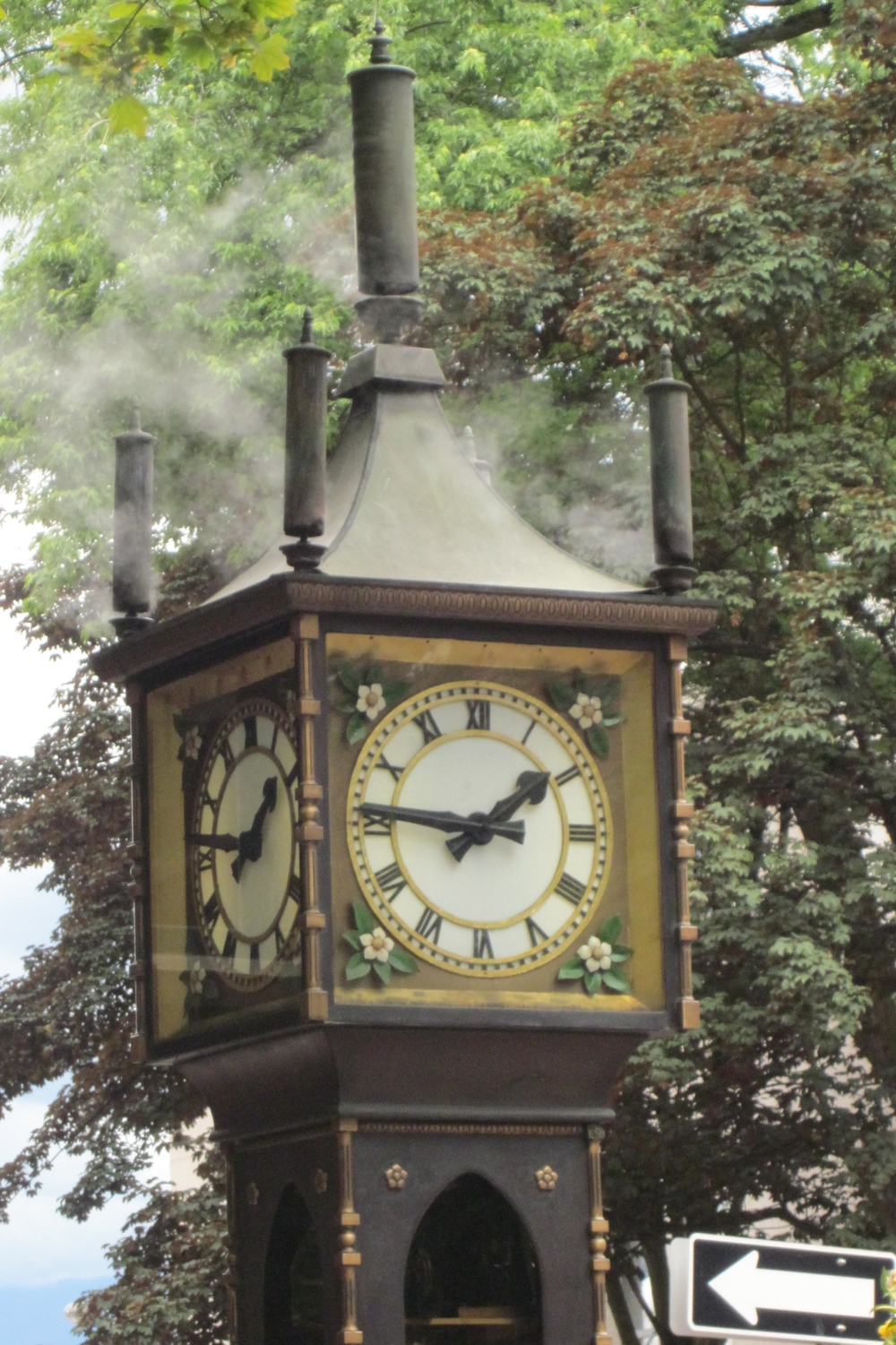 The Gastown Steam clock.