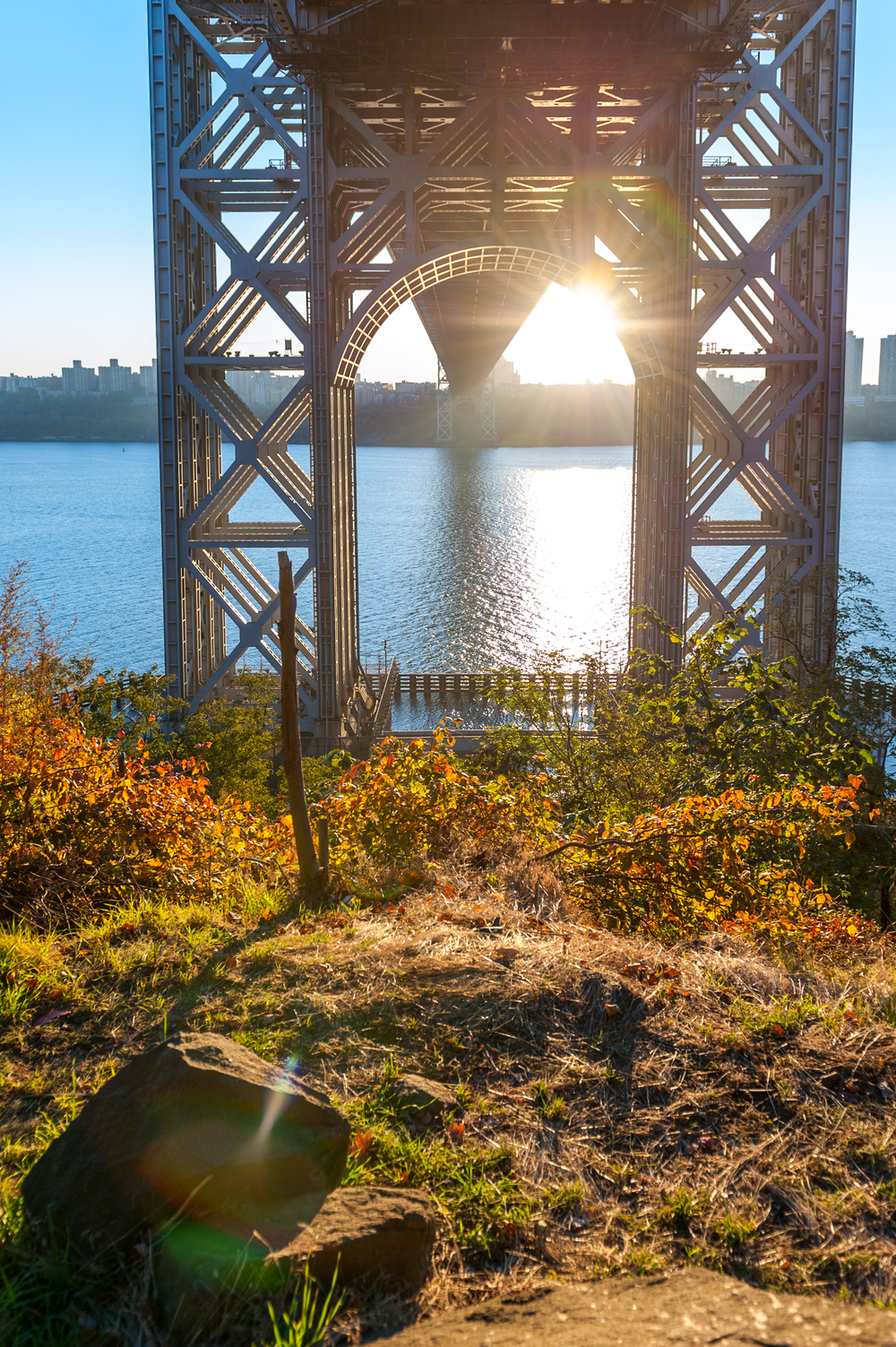 view_under_george_washington_bridge_2013.jpg