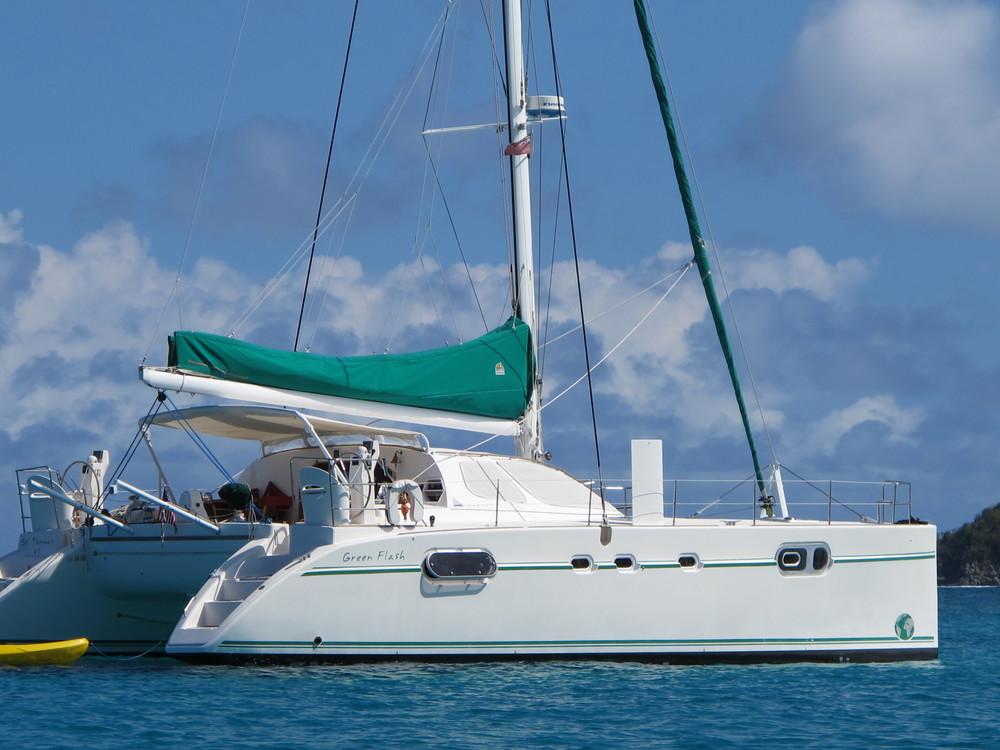 Green FLash charters catana