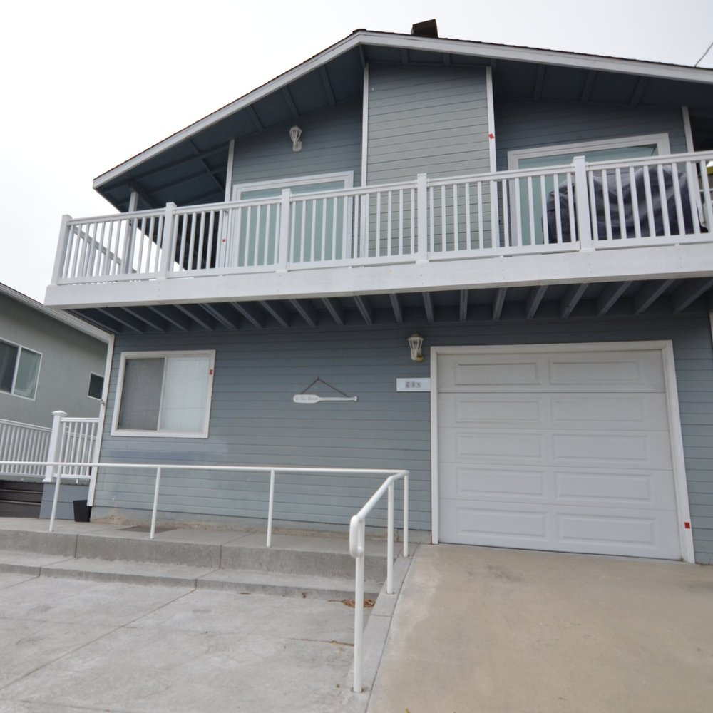 (In escrow) Morro Rock view home near parks and the beach -