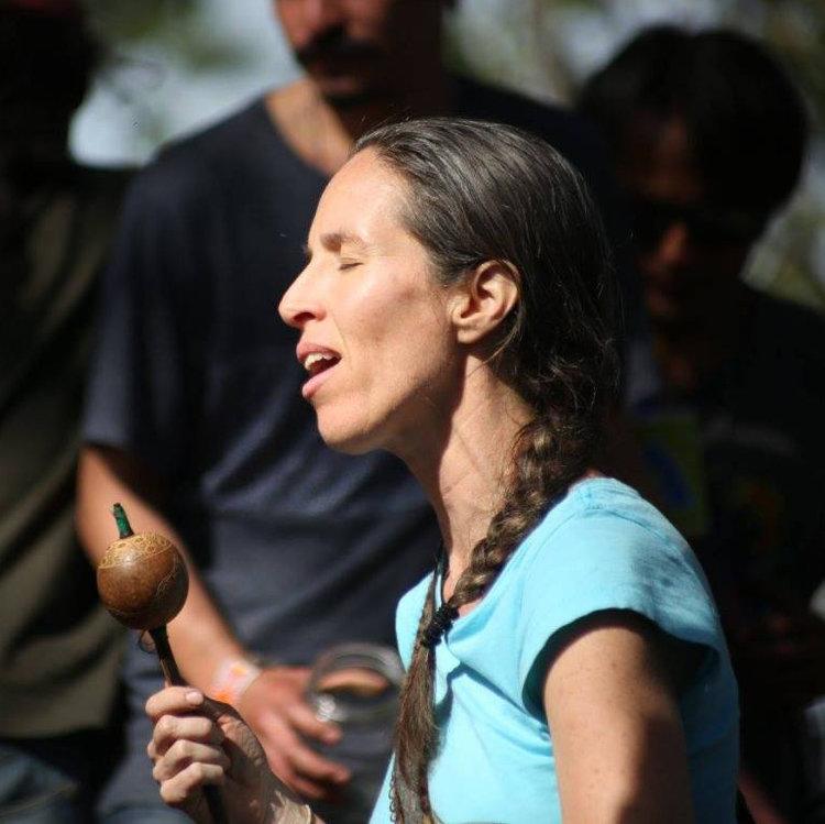 Paola Garcia, Kakawsana