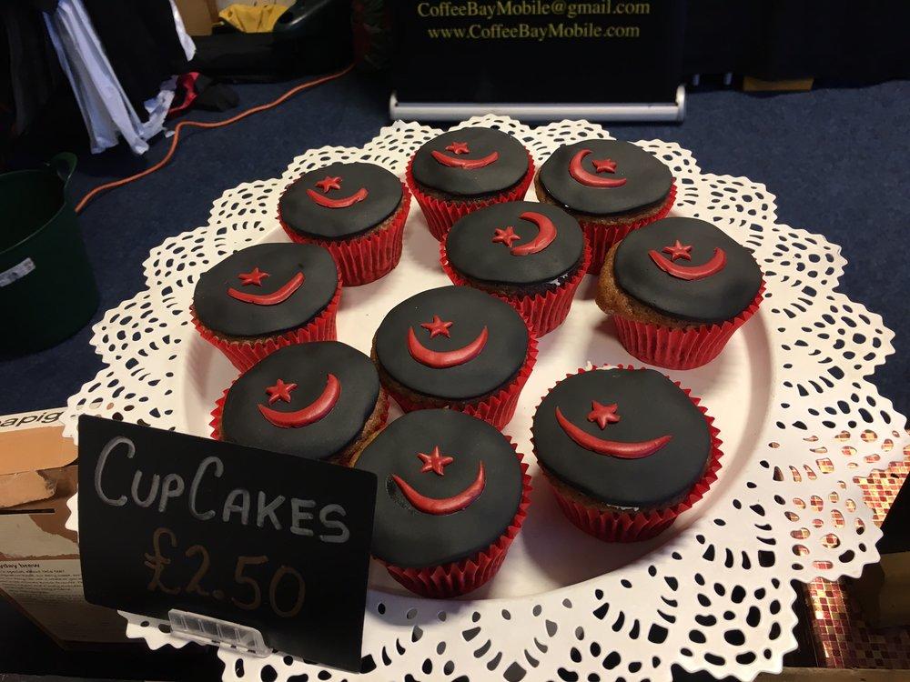 Saracens 12 (cakes).jpg