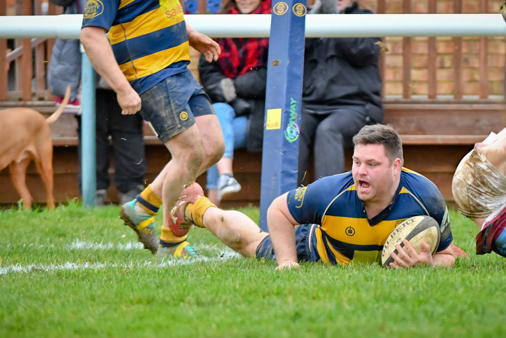 Sheer Power!  Oaks prop Dan Power scores in the corner at the start of the second half  Photo Credit: David Purday