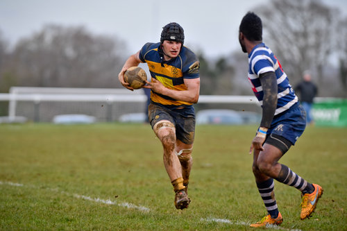 Oaks Matt McRae on the run that led to Oaks only try of the match against Westcombe Park RFC.  Photo Credit: David Purday
