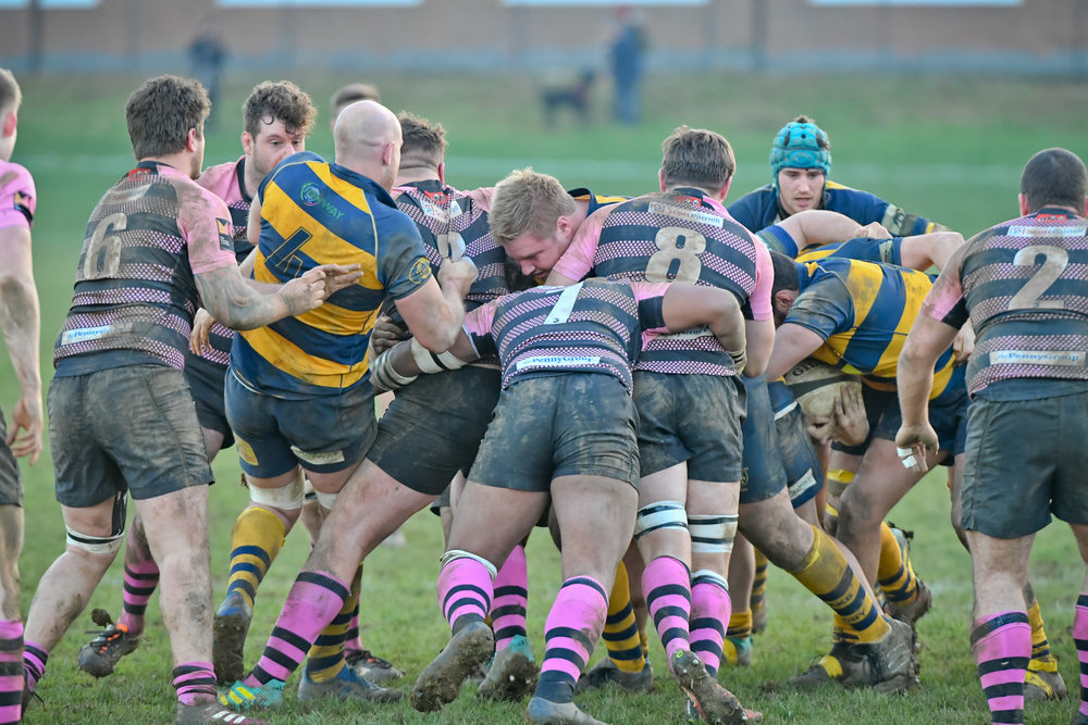 It was a physical tussle at the Paddock earlier on in the season, pictured here, and it was no different on Saturday as Oaks lost out to Camberley RFC. Photo Credit: David Purday