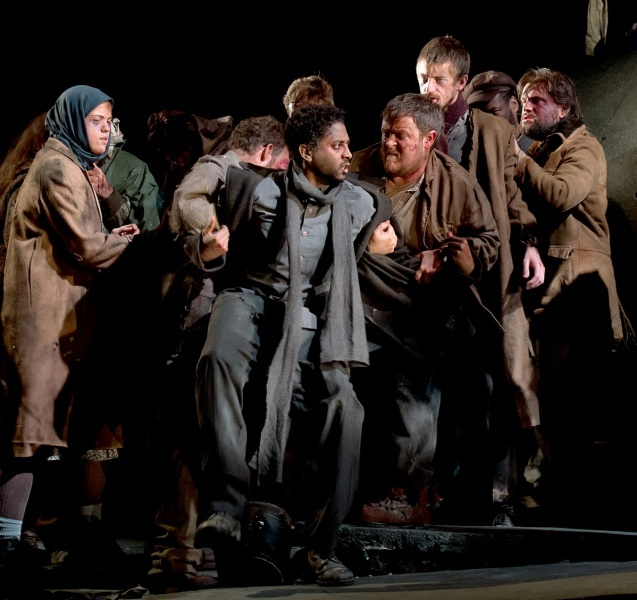 Photo © Bill Knight / English Touring Opera