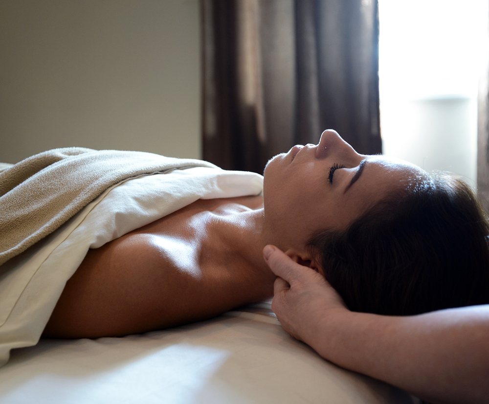 natural-balance-massage-atwork4.jpg