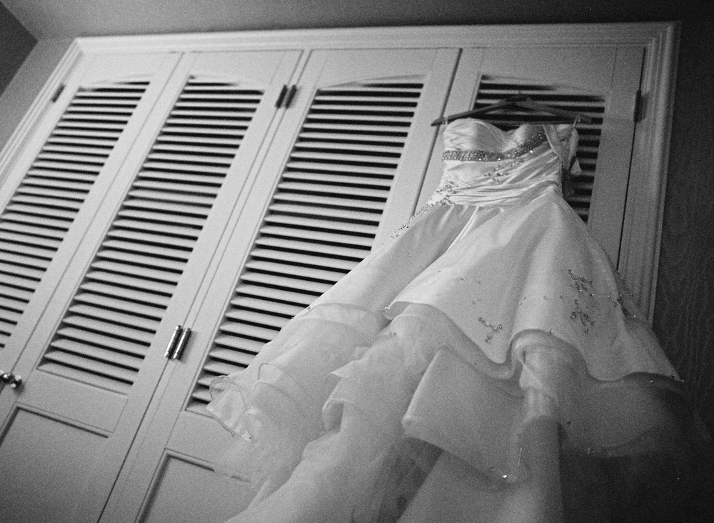 AMANDA LEE brides