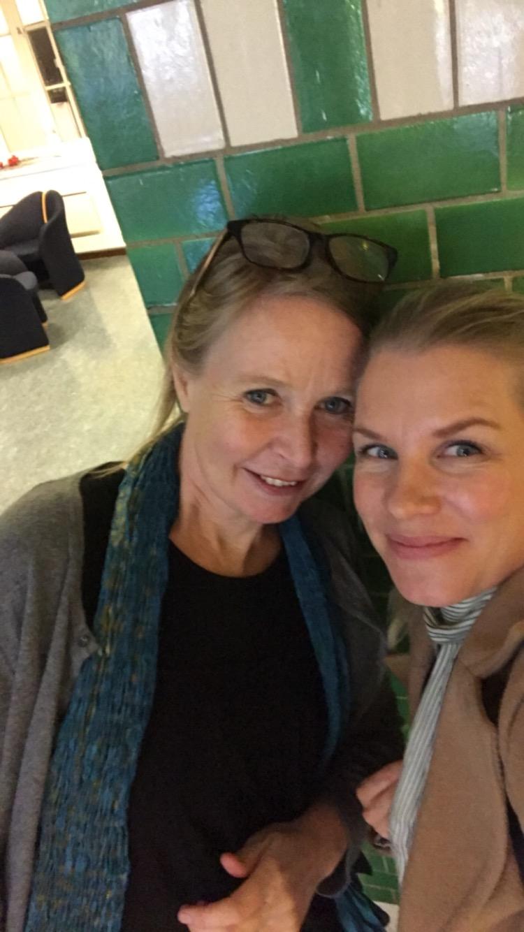 Før radiointervju, but first let´ś take a selfie!