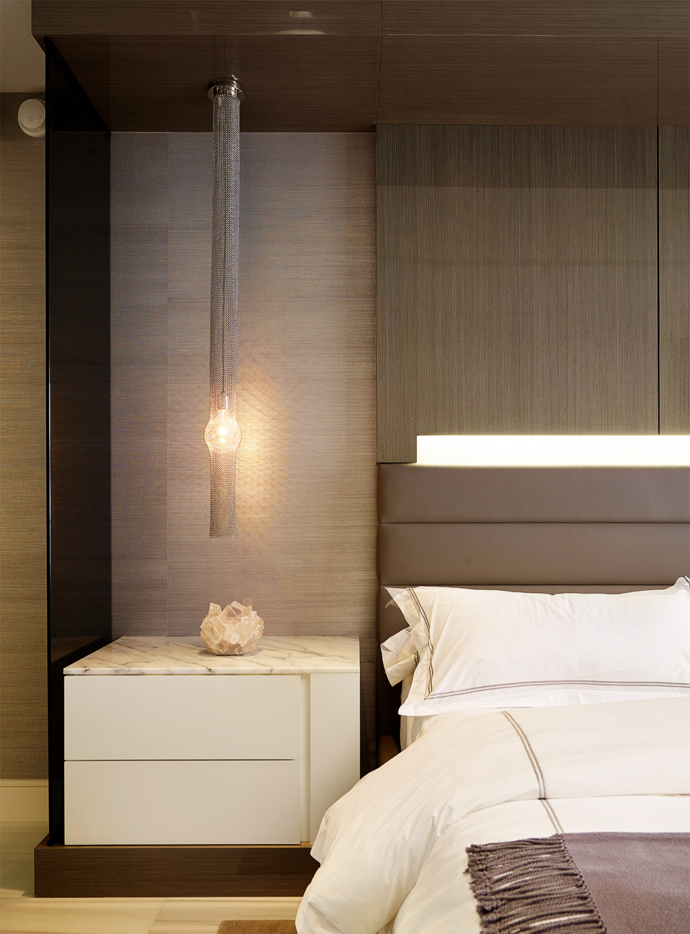 StRegis-1103s_Bed-detail-1.png