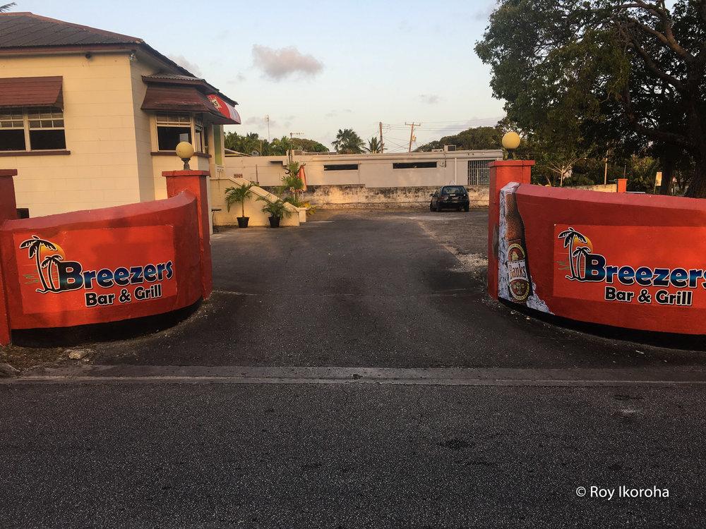 Breezers Bar & Grill