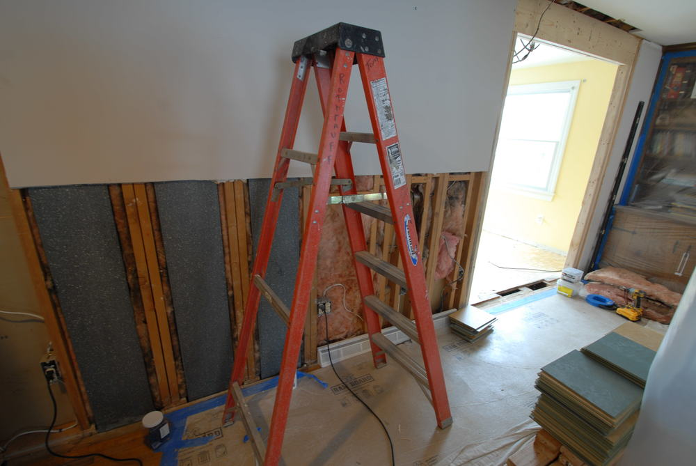 DURING: New opening from living room to breakfast nook