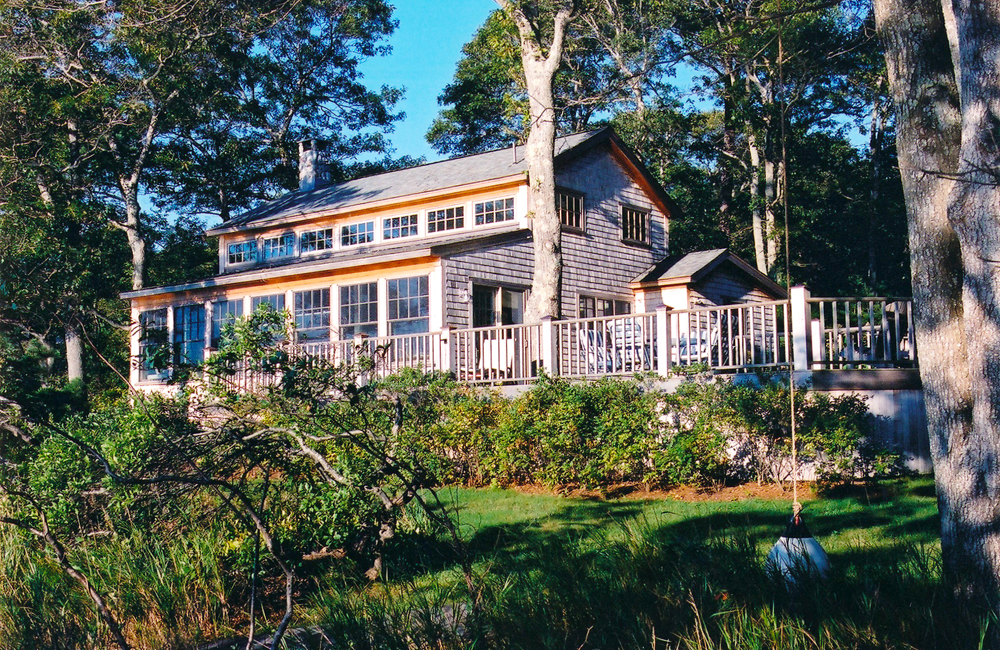 TISBURY LAKE HOUSE