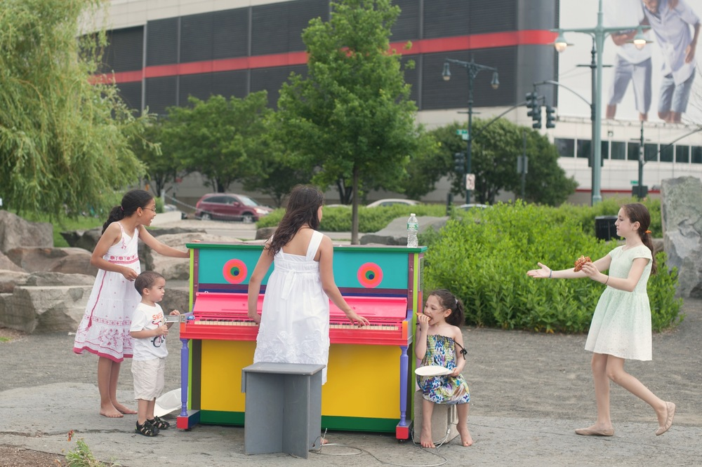 Elizabeth's Octavia Upright Sing for Hope Piano Had Some Fans