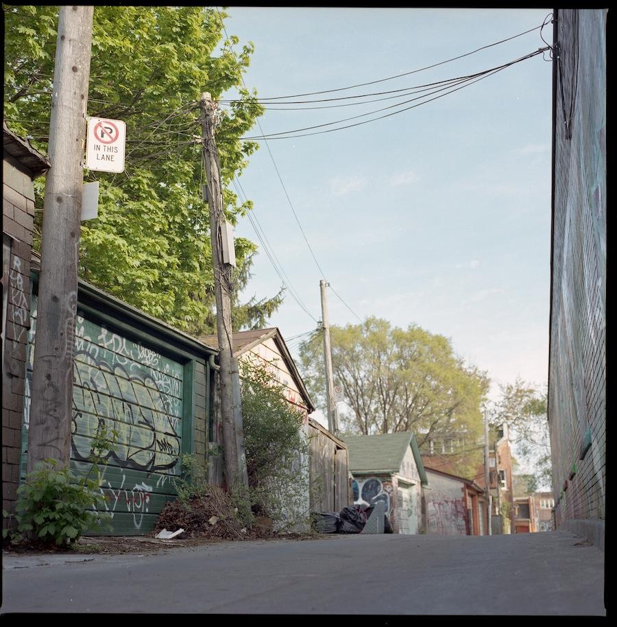 Alley, Toronto, Kodak Portra 400