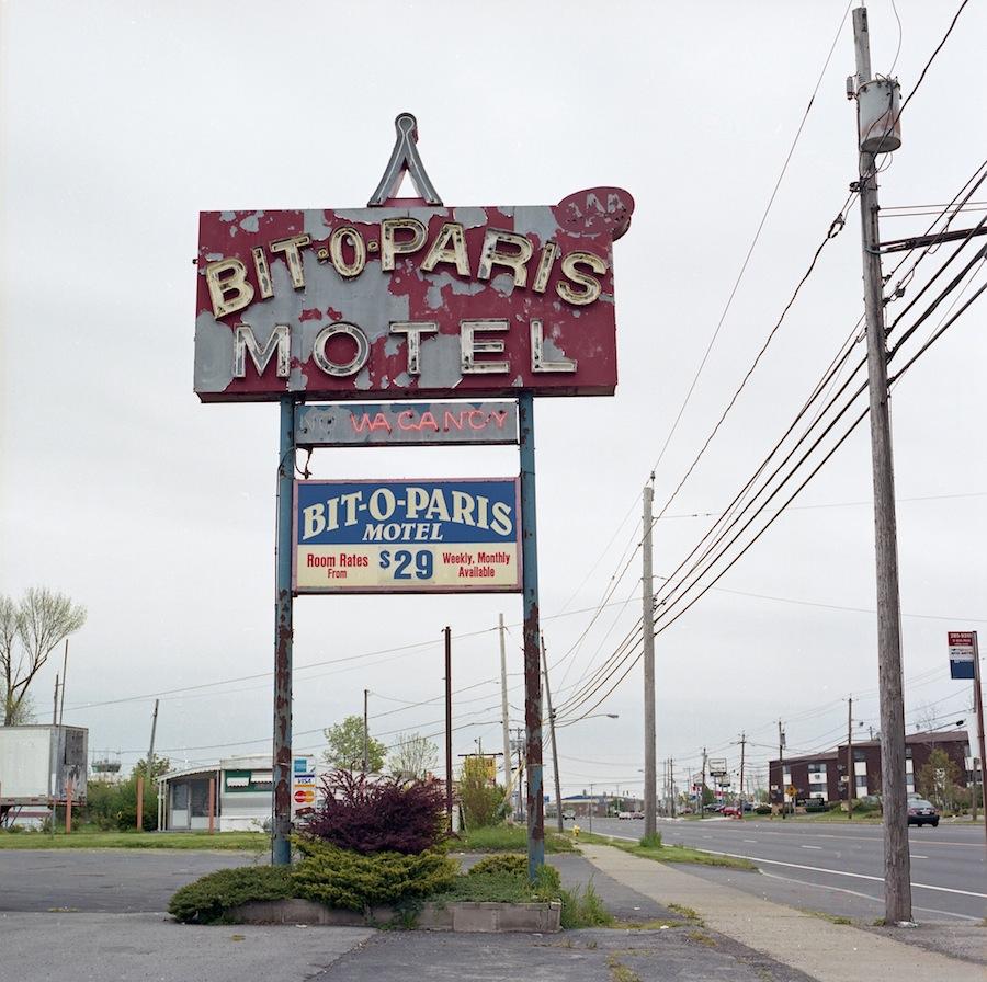 Bit O Paris Motel Sign, Niagara Falls, Kodak Portra 400