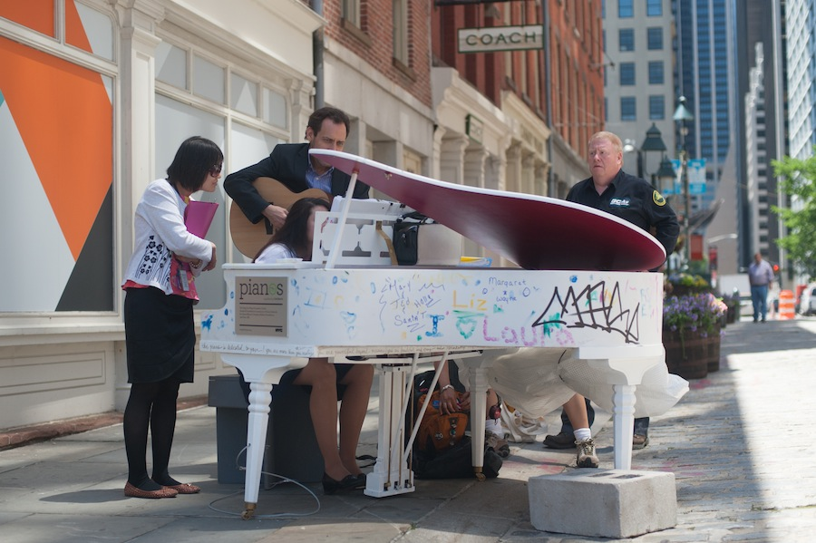 Mini concert at Laura's Sing for Hope Piano, South Street Seaport, Lower Manhattan