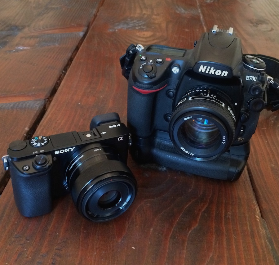Sony A6000 and Nikon D700 Size Comparison