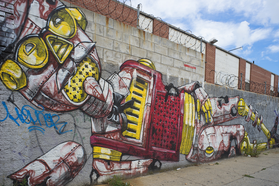 Pixel Pancho's Robot  in Bushwick,   Sony a7 and Olympus Zuiko 28mm f3.5