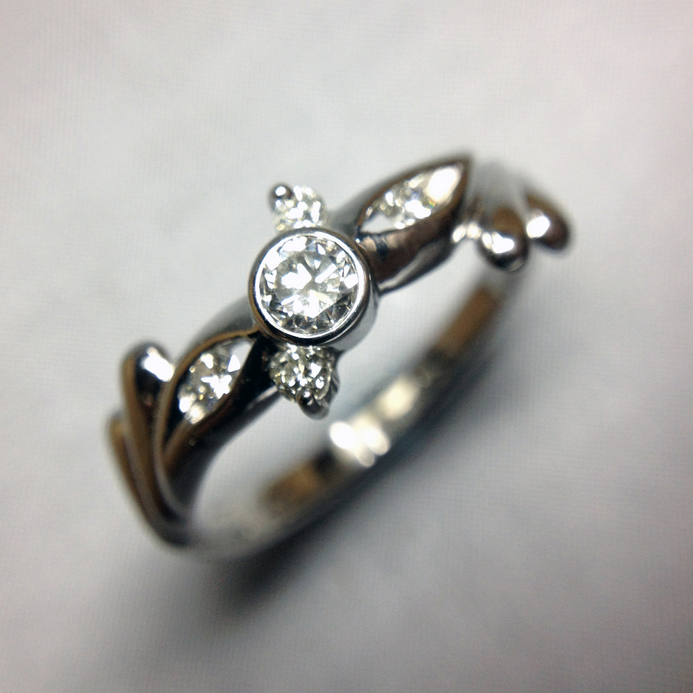 The design of this custom ring was inspired by infiniti signs and ...