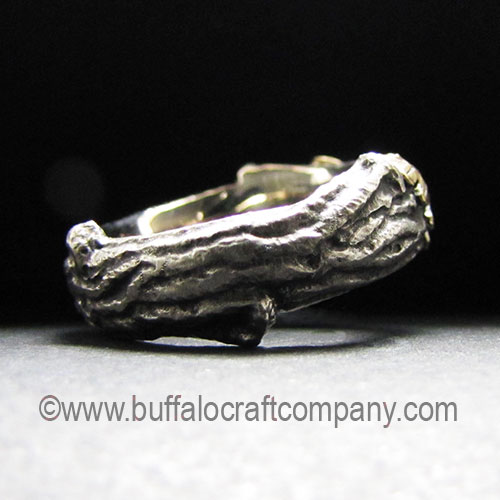 upland-rustic-nature-inspired-organic-twig-branch-oak-leaves-engagement-ring-wedding-band