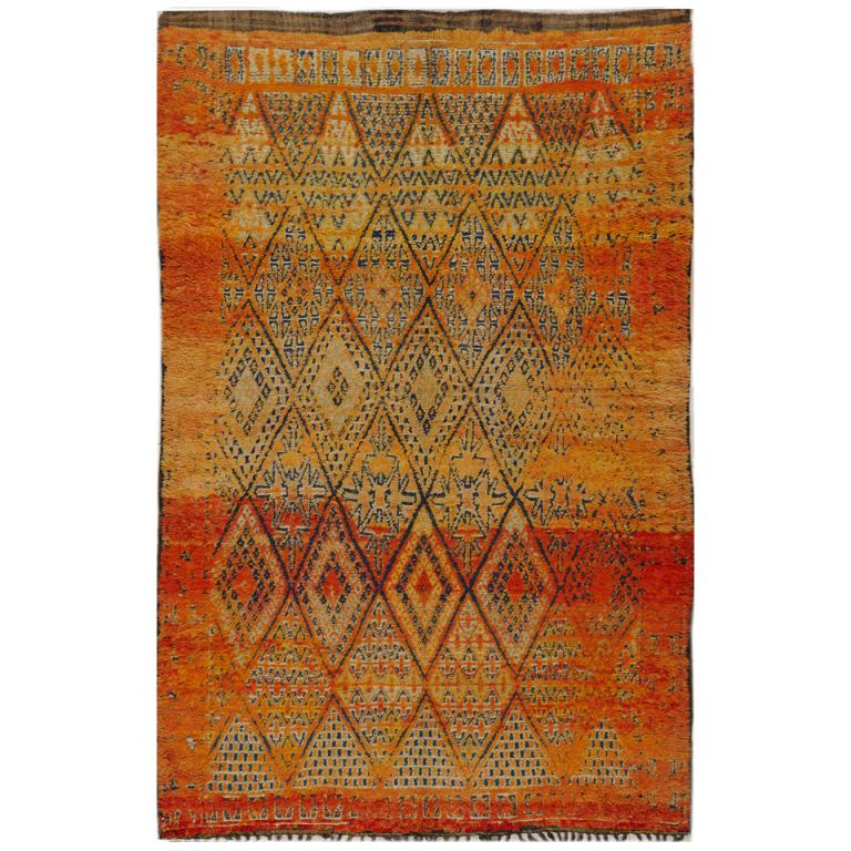 sapta-loka: (via Vintage Moroccan Rug at 1stdibs)
