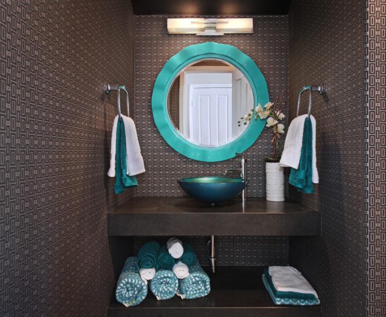 bathroom,jpg