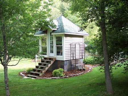 jeffs-tiny-house-450x337.jpg
