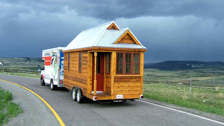 tiny-house_wide-3195cd1386f9657340978bcda5c0d2cf02311f74-s6-c30.jpg
