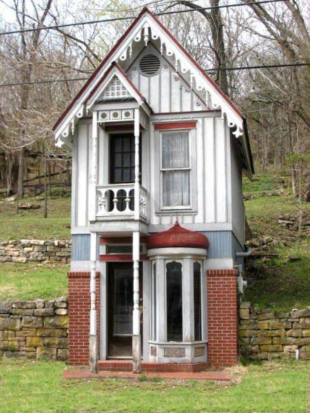 tiny-house-18791.jpg