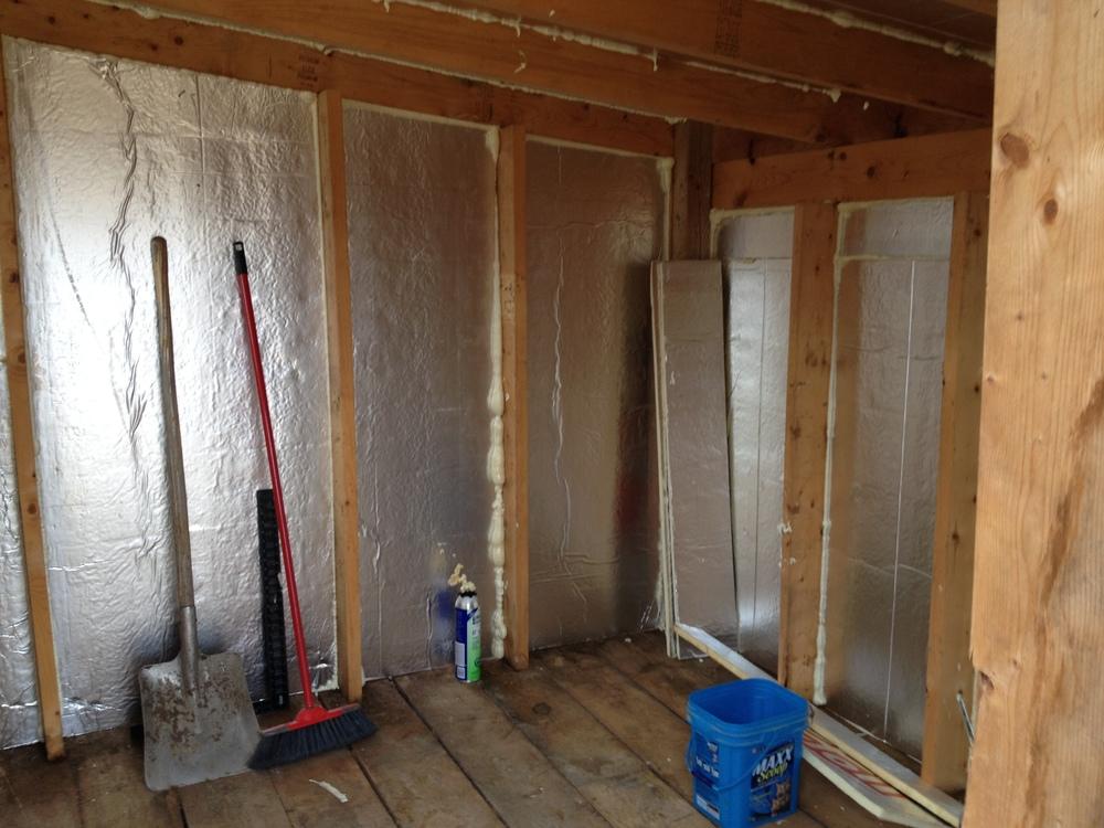 insulating the sauna