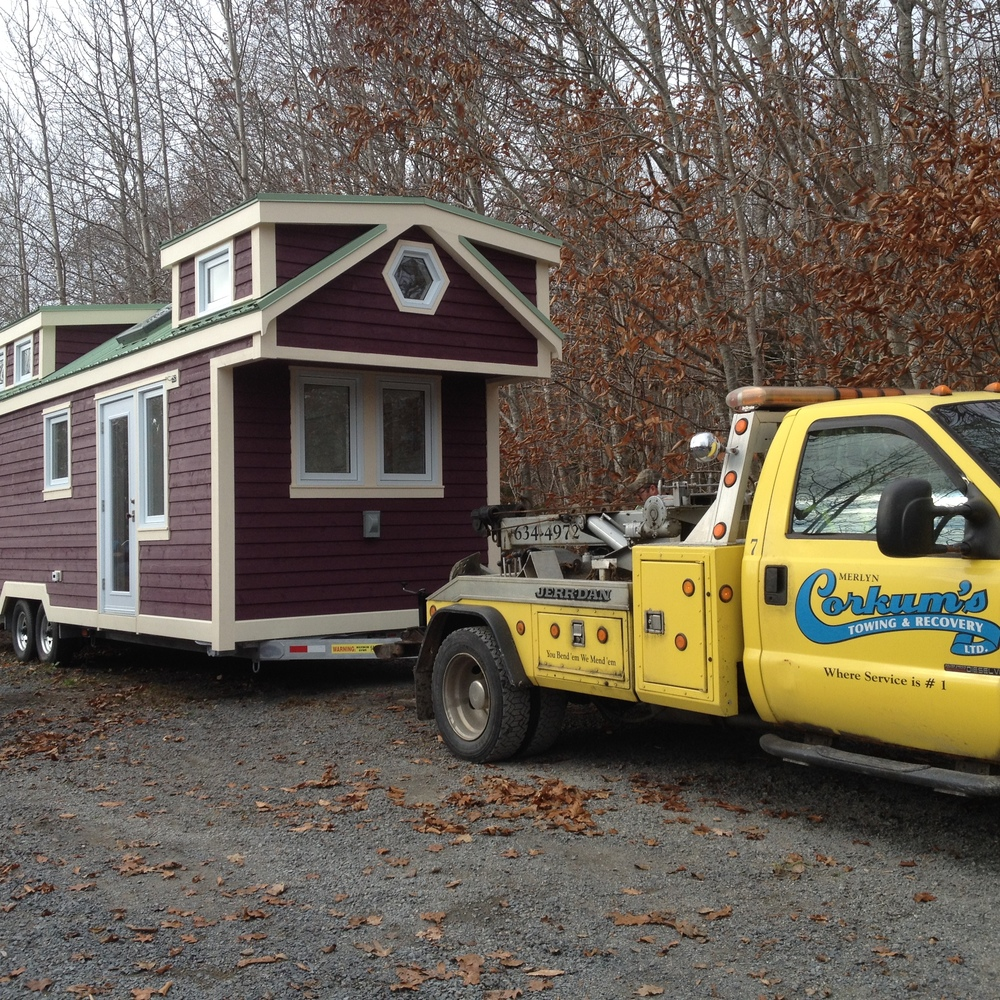 Full Moon Tiny Shelters: T-Berry Finish Work And New Trailer